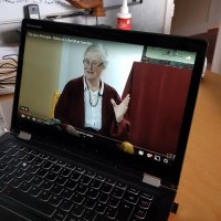 Lama Shenpen video on laptop
